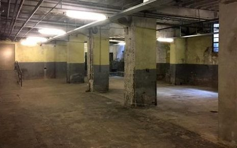 Ruang bawah tanah tahan banjir