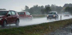berkendara saat hujan